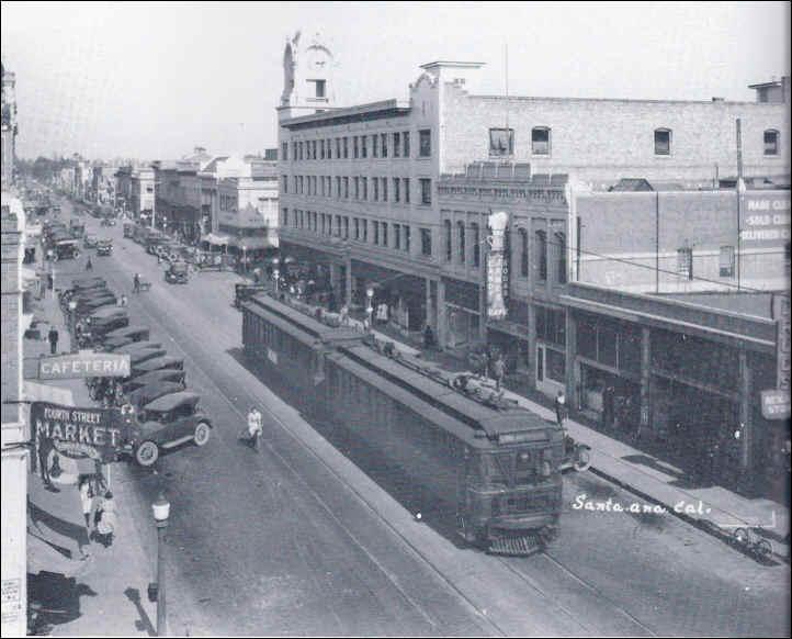 Somos primos big red car fourth street santa ana southbound ca 1925 spurgeon bldg 1913 on right clock built 1915 fandeluxe Choice Image